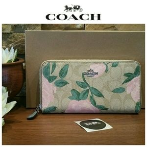 NEW Coach Signature Accordion Wallet, Khaki Blush
